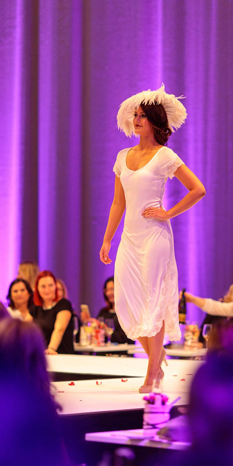 ladies-fashion-night-17-16x8-4